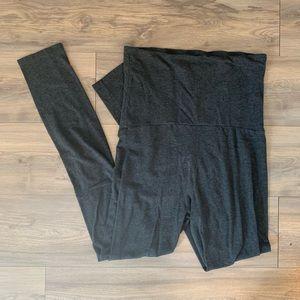 Gap Pure Body maternity leggings